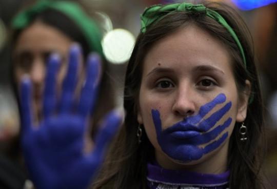 Argentina: se aprobó la Ley de Equidad de Género en los medios de comunicación