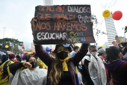 Colombia: crece el número de agresiones y detenciones a periodistas durante las movilizaciones por el Paro Nacional
